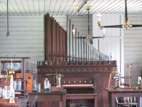 Edison had this organ in his lab just so his men could have fun!